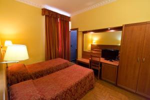 Hotel Lella - AbcAlberghi.com