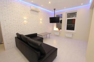 Apartment Night City Na Druzhby - Rodionovo