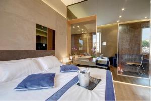 Sun Suite Luxury Pantheon