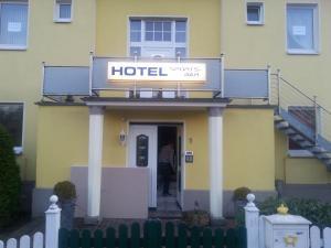 Hotel zur Sportsbar - Horn-Bad Meinberg
