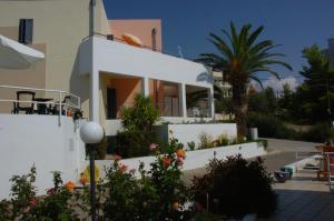 Blue Sky Hotel Apartments Argolida Greece