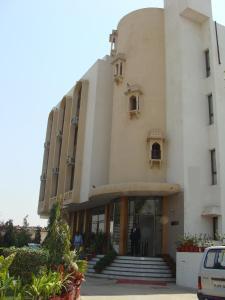 Auberges de jeunesse - Madhuvan Hotel