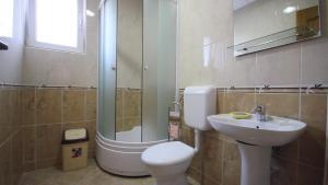 Apartments Percobic, Apartmanok  Sutomore - big - 21
