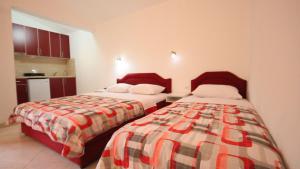 Apartments Percobic, Apartmanok  Sutomore - big - 23