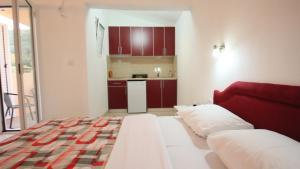 Apartments Percobic, Apartmanok  Sutomore - big - 26