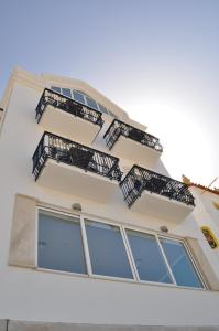Hotel Mar Bravo, Hotel  Nazaré - big - 43