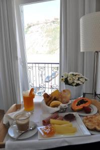 Hotel Mar Bravo, Hotel  Nazaré - big - 22