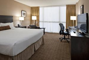 Delta Hotels by Marriott Calgary Airport In-Terminal, Hotely  Calgary - big - 3