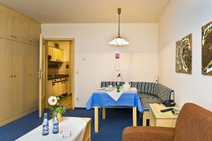 Appartmenthaus Thermenhof, Apartmanhotelek  Bad Füssing - big - 9