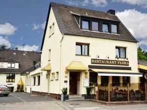 Hotel Flora - Hackenbroich