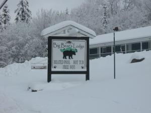 Big Bears Lodge - Hotel - West Dover