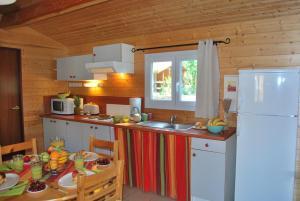 Location gîte, chambres d'hotes Lagrange Grand Bleu Vacances - Residence Les Ségalières dans le département Lot 46