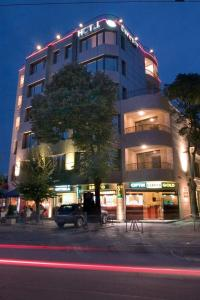 Hotel Divesta, Отели  Варна - big - 1