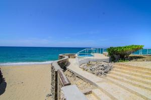 Two-Bedroom Apartment with Ocean View Escondido Bay Laguna Beach Front Condos & Villas