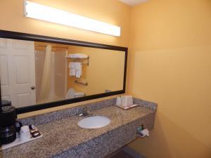 Sunrise Inn - Brownsville, Motels  Brownsville - big - 13