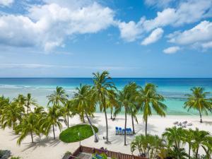 Coconut Court Beach Hotel (5 of 39)