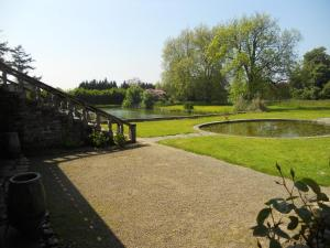Gite Le Saint Anne, Holiday homes  Équilly - big - 20