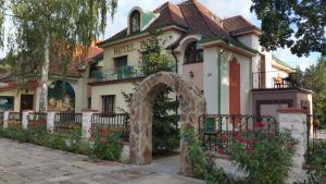 Albergues - Hotel Bor