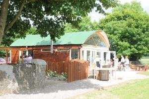 Grove Wellness Centre B&B, Panziók  Shanballymore - big - 41