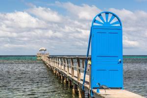 Puerta Azul, Bed and Breakfasts  Sandy Bay - big - 32