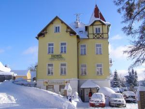 Albergues - Penzion Villa Rosse