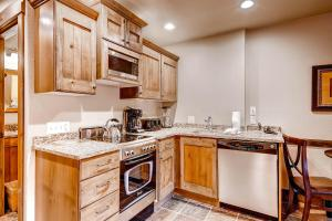 Copperbottom Inn by Wyndham Vacation Rentals - Apartment - Park City