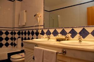 TUGASA Hotel Castillo de Castellar, Hotels  Castellar de la Frontera - big - 33