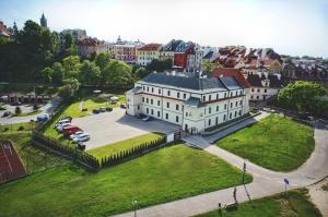 Dom na Podwalu.  Foto 1