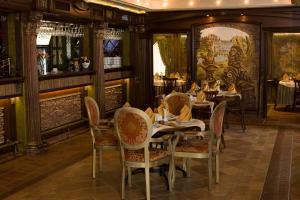 Shato Hotel, Szállodák  Omszk - big - 18