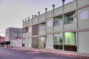 Hotel Carolina 2- próximo ao hospital Regional, hospital Mario Palmério, Hospital São Marcos