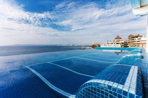 Vallarta Shores Beach Hotel - Puerto Vallarta