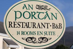 An Portán Guest House and Restaurant, Penzióny  Dunquin - big - 46