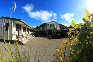 Stewart Island Backpackers