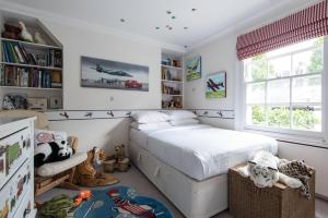onefinestay - South Kensington private homes III, Апартаменты  Лондон - big - 63