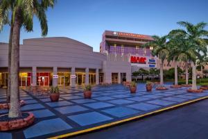 DoubleTree by Hilton Hotel Miami Airport & Convention Center, Отели  Майами - big - 43
