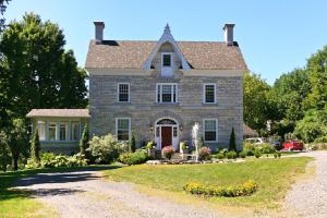 Clyde Hall Bed and Breakfast - Accommodation - Lanark