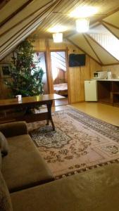 Дом на Луговой , Дома для отпуска  Новоабзаково - big - 77