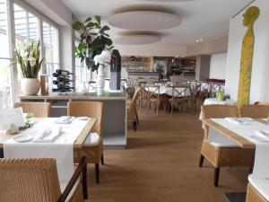 aussicht bio hotel restaurant cafe - Burgheim