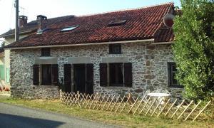 Location gîte, chambres d'hotes La Croix De Camargue dans le département Haute Vienne 87