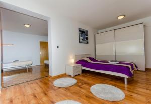 Apartment Ivona, Apartmanok  Trogir - big - 24