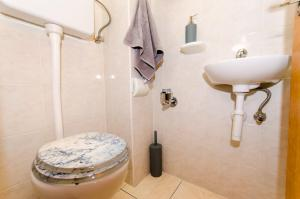 Apartment Ivona, Appartamenti  Trogir - big - 29