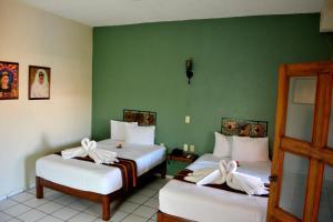 阿爾達馬酒店