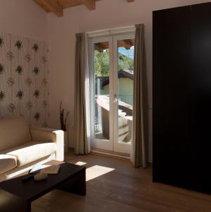 Hotel Isola Verde, Отели  Торболе - big - 48
