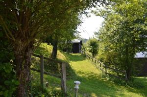 B&B Las Trinquades, Bed and breakfasts  Boussenac - big - 25