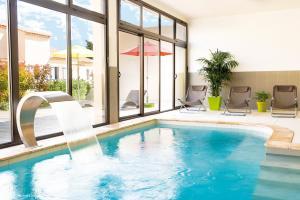 Location gîte, chambres d'hotes Lagrange Vacances L'Oustau de Sorgue dans le département Vaucluse 84