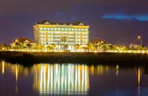 Ban Thach Riverside Hotel & Resort - Tam Ky