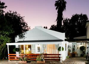 Le Roux's Guest House, Bed & Breakfasts  Oudtshoorn - big - 39