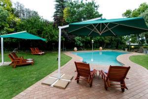 Le Roux's Guest House, Bed & Breakfasts  Oudtshoorn - big - 41