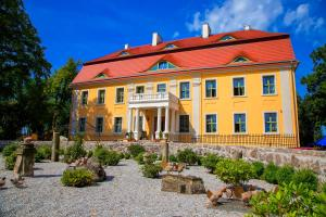 Pałac Wiechlice