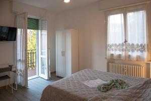 La Casa dei Cedri R&B, Penzióny  Reggio Emilia - big - 16